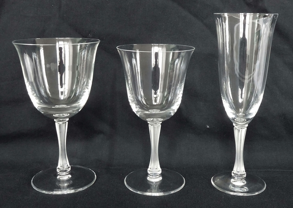 Grand verre à eau en cristal de Lalique, modèle Barsac - 15,5cm - signé