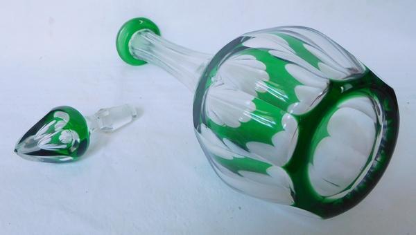 Carafe à vin ou à eau en cristal de Saint Louis, modèle Bristol overlay vert