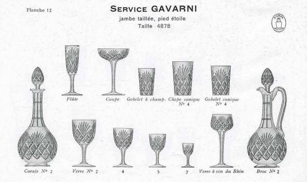 Coupe à champagne en cristal taillé de St Louis, modèle Gavarni - signée