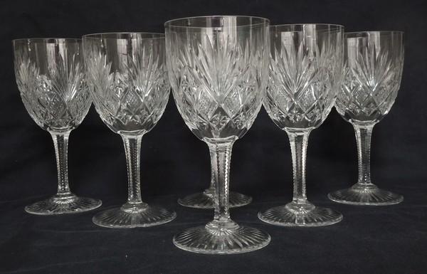 Verre à vin en cristal taillé de St Louis, modèle Gavarni - 12,2cm