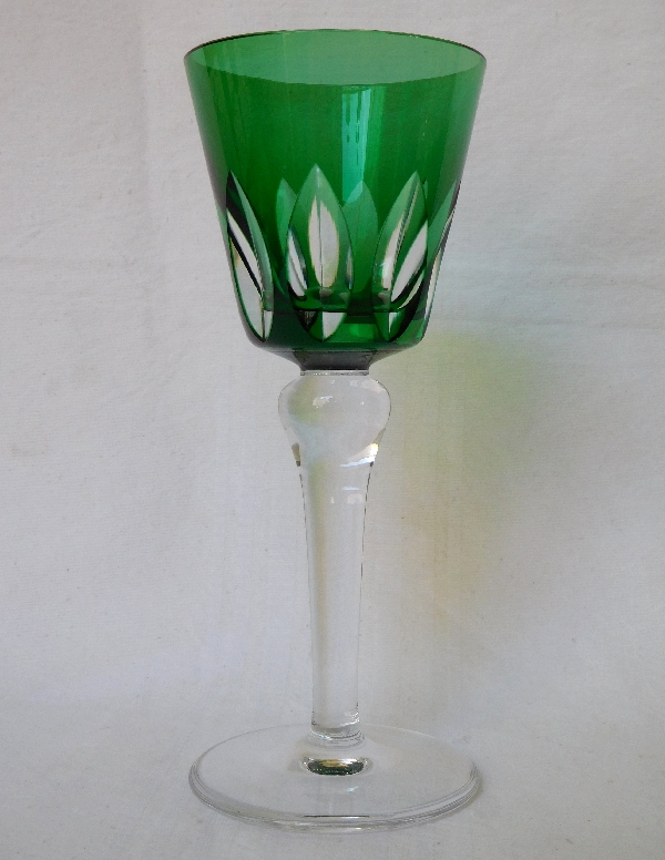 Verre à vin du Rhin / roemer en cristal de St Louis overlay vert, modèle Jersey - signé