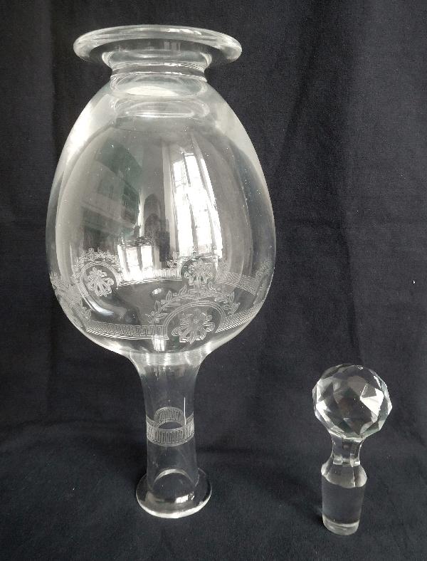 Carafe à vin en cristal de Saint Louis, modèle Manon