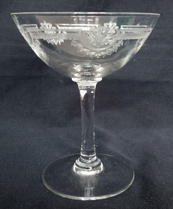 Coupe à champagne en cristal de Saint Louis, modèle Manon