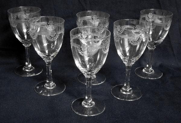 Verre à vin en cristal de Saint Louis, modèle Manon - 13,3cm