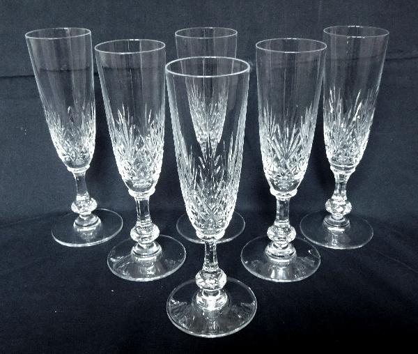 Flûte à champagne en cristal de St Louis, modèle Massenet - signée