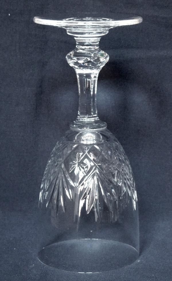 Verre à vin en cristal de St Louis, modèle Massenet - signé - 14,5cm