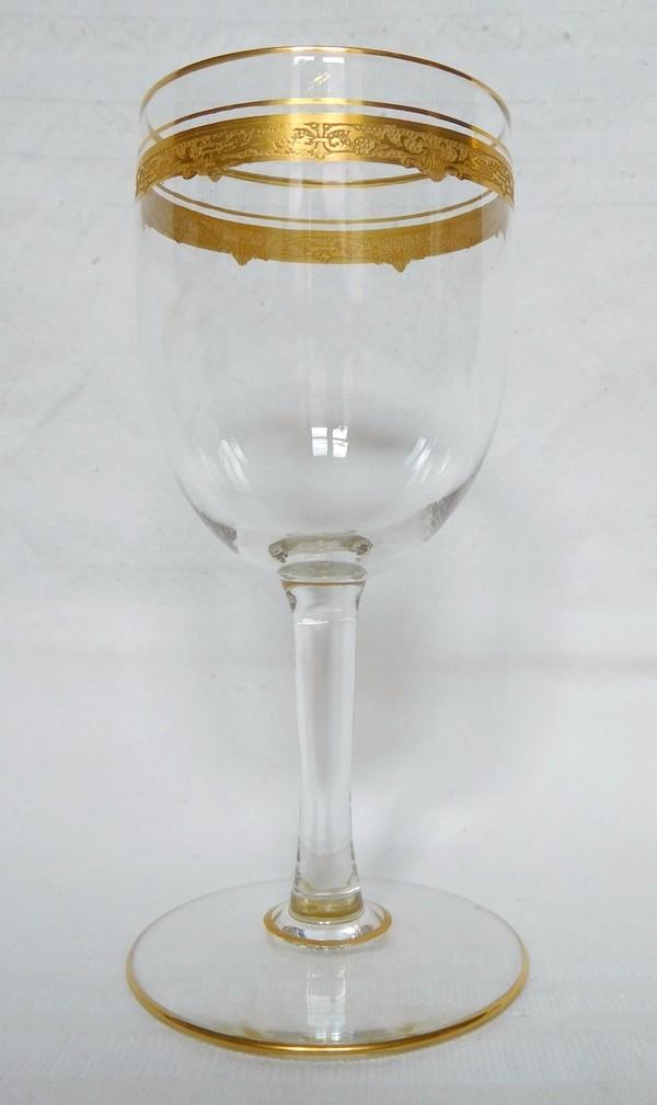 Verre à eau en cristal de Saint Louis, modèle Roty gravé et doré - 15,7cm