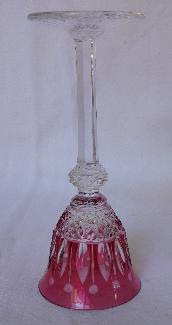 Verre à liqueur en cristal de St Louis, modèle Tommy, cristal overlay rose - 13,4cm