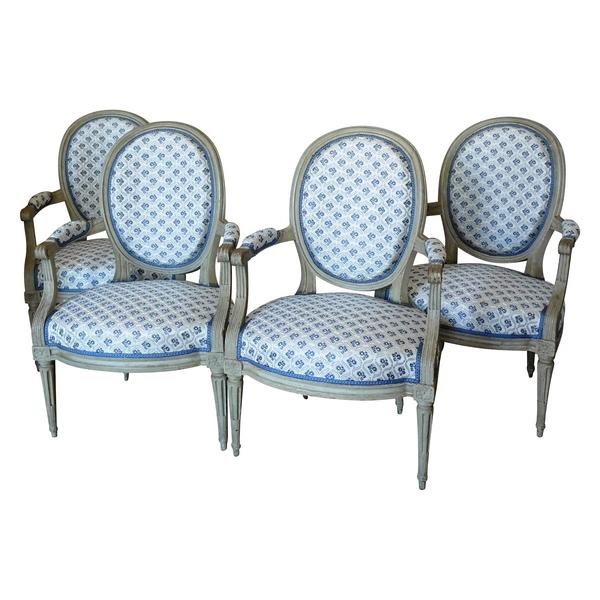 Salon de 4 fauteuils cabriolet médaillon d'époque Louis XVI
