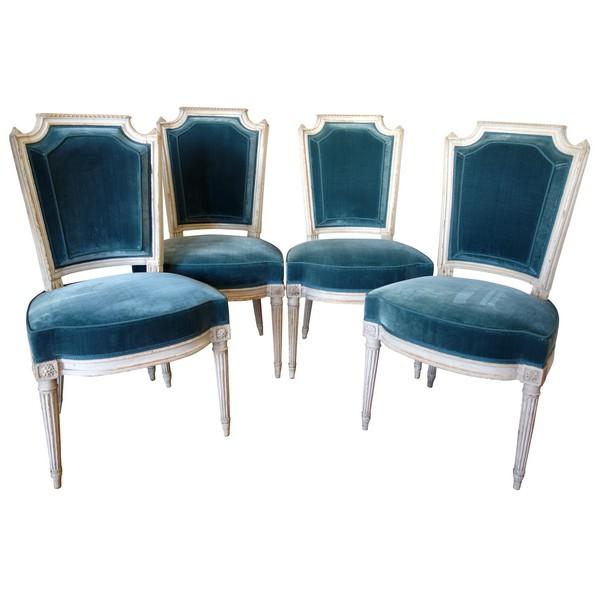 Pluvinet : série de 4 chaises d'époque Louis XVI finement sculptées, estampillées