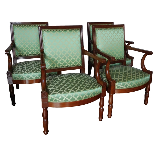 Suite de 4 fauteuils d'officier d'époque Empire en acajou, attribués à Marcion