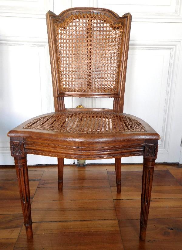 s rie de 6 chaises cann es de salle manger d 39 poque louis xvi. Black Bedroom Furniture Sets. Home Design Ideas