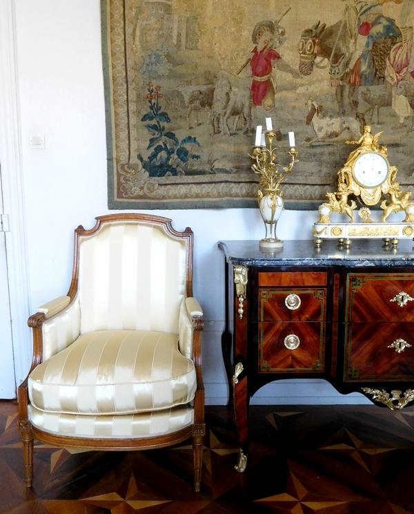 Jean-Baptiste Demay : bergère d'époque Louis XVI, gourgouran de soie Tassinari & Chatel - estampille