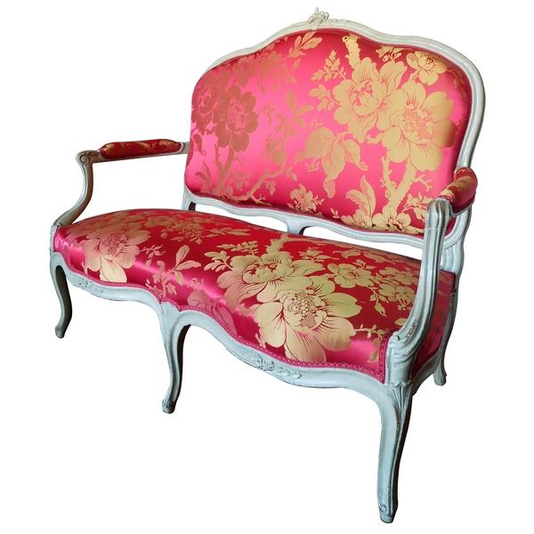 Canapé deux places d'époque Louis XV estampillé de Jean-Baptiste Delaunay