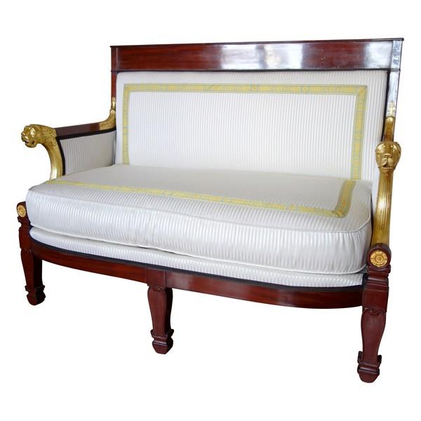 Canapé d'officier à têtes de lion, acajou, bois doré et bronze doré - époque Consulat