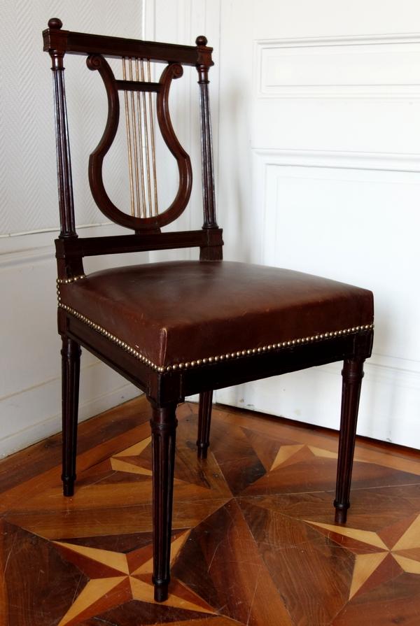 Chaise lyre en acajou, époque Louis XVI Directoire, collection Atlounian