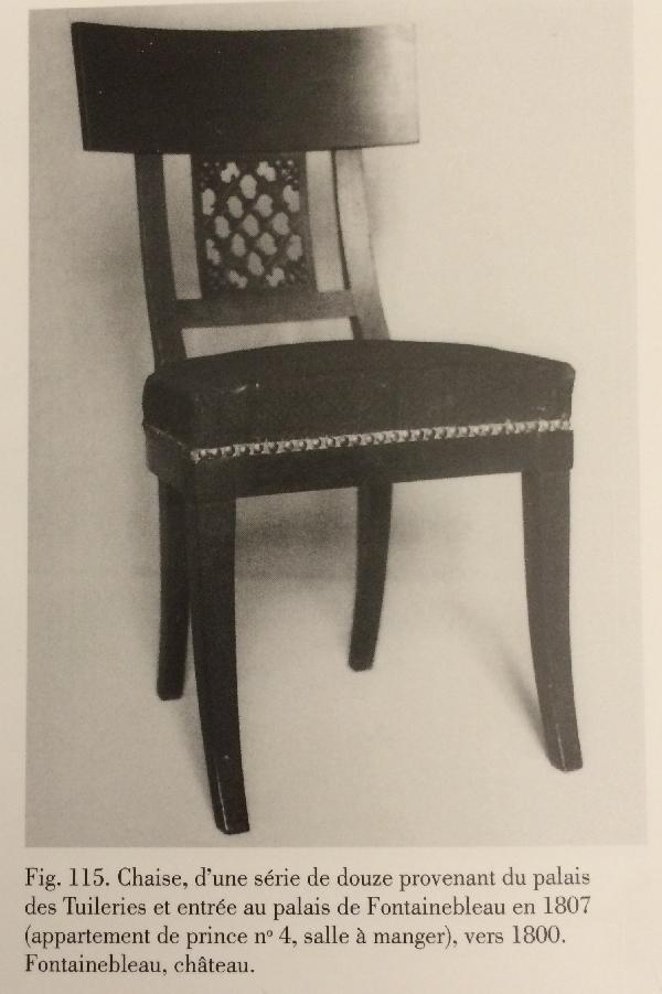 Paire de chaises en acajou d'époque Consulat, modèle des Tuileries