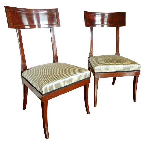 Georges Jacob : paire de chaises Klismos à l'antique en acajou estampillées