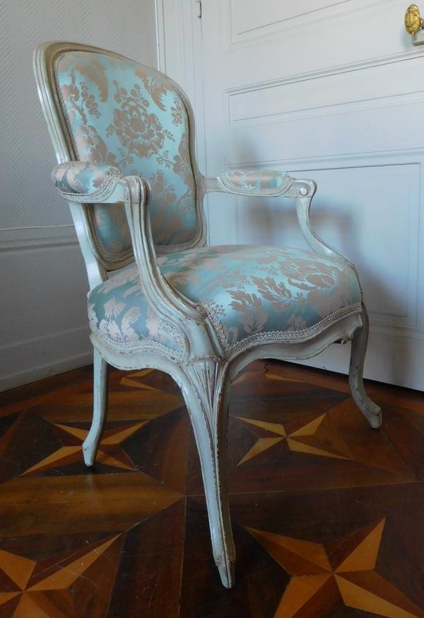 Pierre-François-Joseph Corbisier : paire de fauteuils cabriolets d'époque Louis XV estampillés