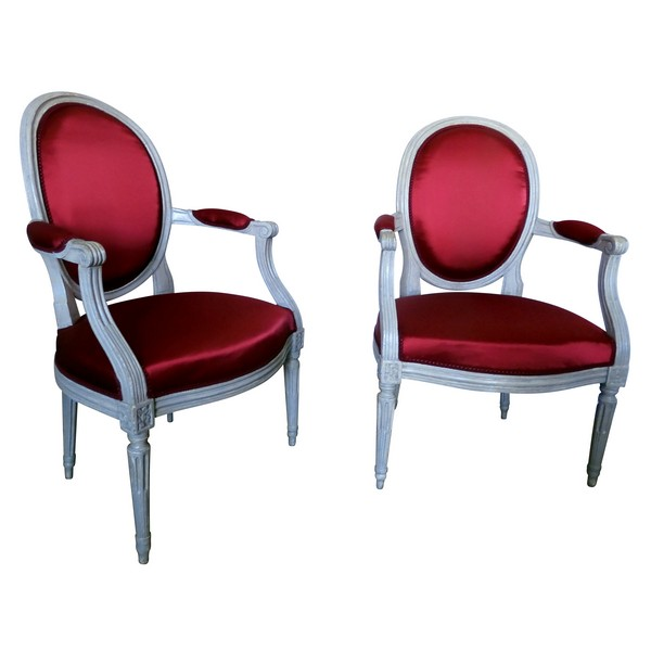 Fashion Style Pair Of 18th Century Louis Xvi Fauteuils By Delauney Original Paint Hand Carved Pretty And Colorful Furniture