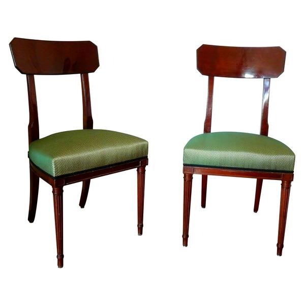 Paire de chaises en acajou de style Directoire d'après Georges Jacob