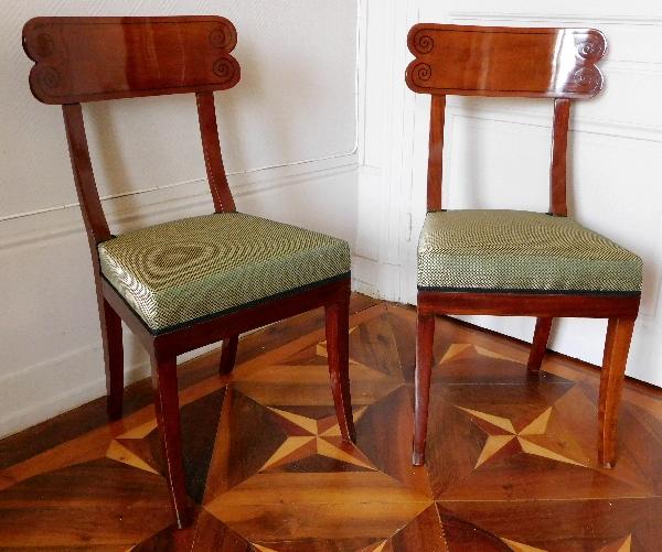 Paire de chaises en acajou et ébène, époque Consulat