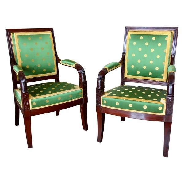 Paire de fauteuils d'apparat en acajou - travail parisien d'époque Empire