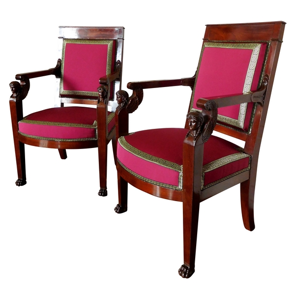 Jacob Desmalter (attribués à) : paire de fauteuils d'époque Empire richement sculptés circa 1806