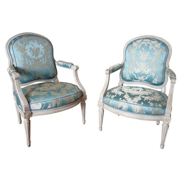 Louis Delanois : paire de fauteuils à la Reine Louis XVI d'époque Louis XV