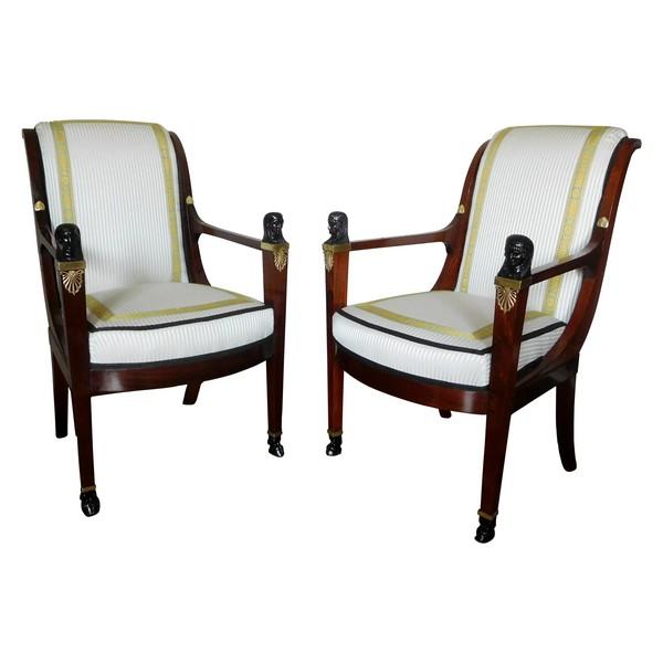 Paire de fauteuils en acajou d'époque Directoire - Consulat attribués à Jacob Frères - retour d'Egypte