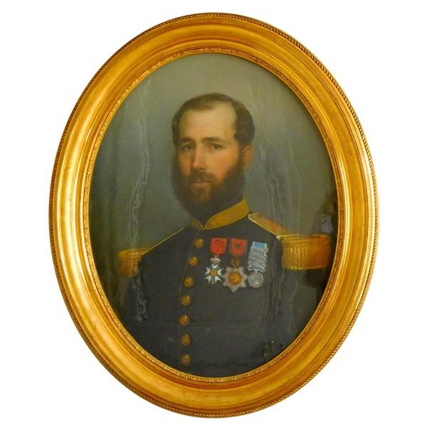Portrait pastel d'un officier du 18e Régiment d'Infanterie - époque Second Empire