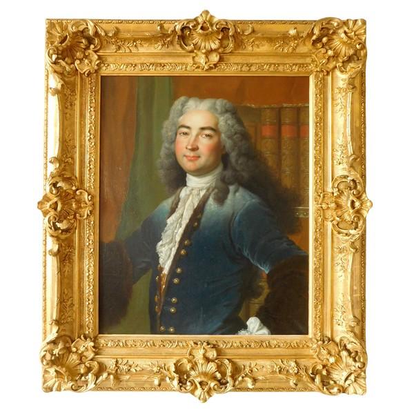 Ecole Française du XVIIIe siècle, portrait de gentilhomme d'époque Régence - Louis XV - 92cm x 106cm