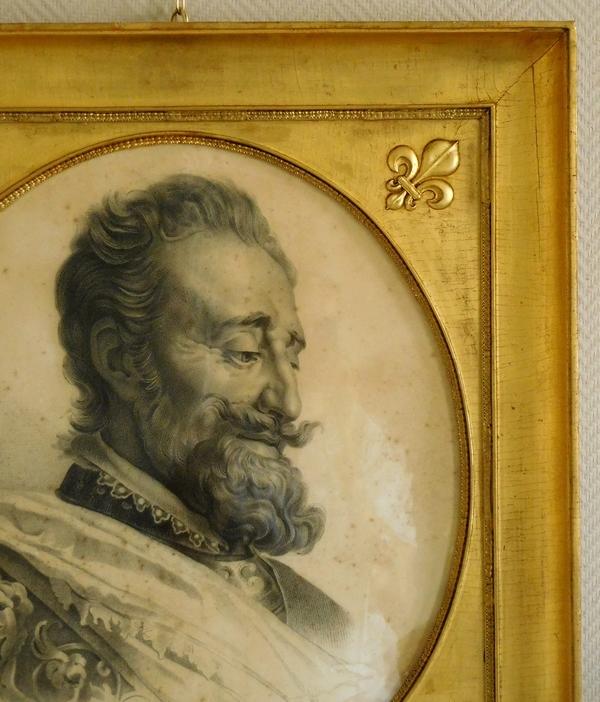 Grand portrait royaliste du Roi Henri IV dans un cadre en bois doré à fleurs de lys - dessin 1829